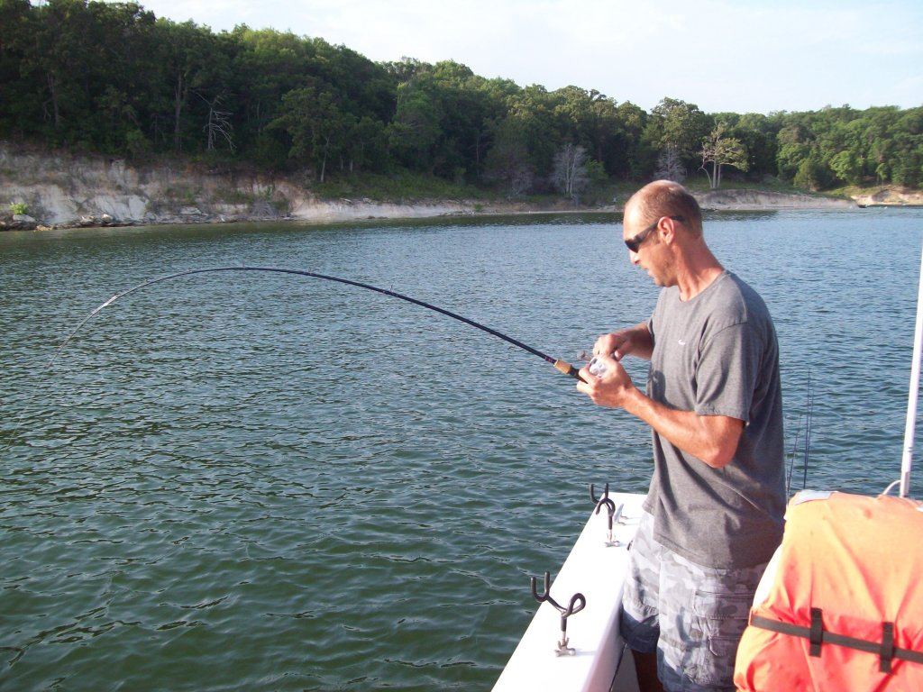 Fishing pictures of lake texoma striper fishing guide for Texoma fishing report
